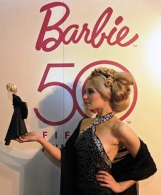 http://nessiecullen.cowblog.fr/images/Livre/Barbie5020annC3A9es.jpg